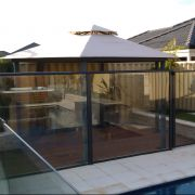 Glass-Pool-Fence-2-IMAG0181.jpg