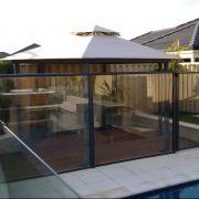 Glass-Pool-Fence-2-IMAG0181.jpg