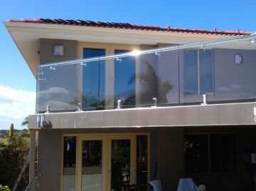 Balustrade-frameless.jpg