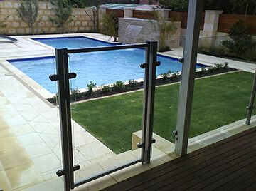 services-commercial-glass-repair.jpg
